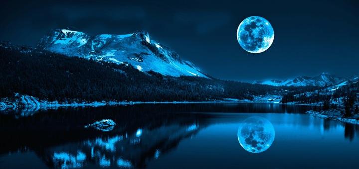 фотография луны над горным озером